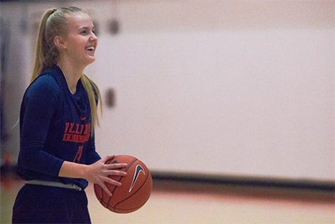 Illinois women's basketball's Holesinska is no stranger to distance