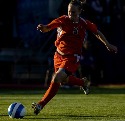 Ella Masar dribbles up field against Florida at the Illinois Soccer Stadium on Sept. 14. Masar and the Illini wrapped up their nonconference schedule over the weekend with two victories. Laura Prusik