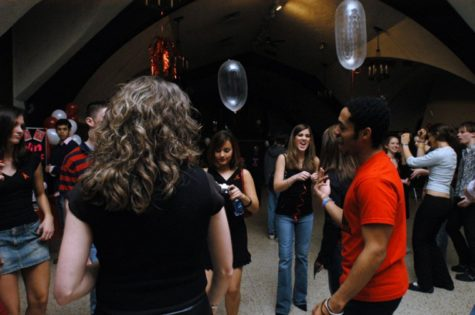 'Dance Against AIDS' event raises awareness of HIV/AIDS