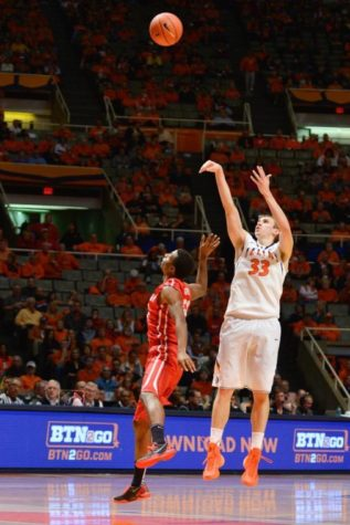 In-state basketball matchup overshadowed by tornados