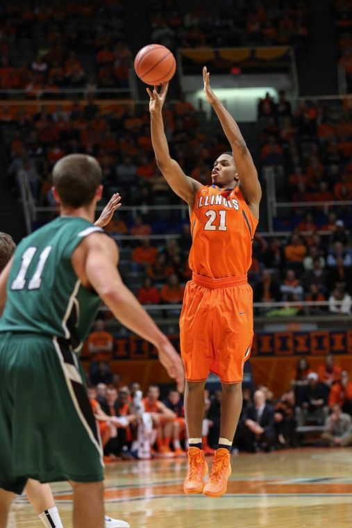 Illinois%E2%80%99+Malcolm+Hill+takes+a+three-point+shot+during+the+game+against+Darthmouth+at+State+Farm+Center+on+Tuesday.+The+Illini+won+72-65.