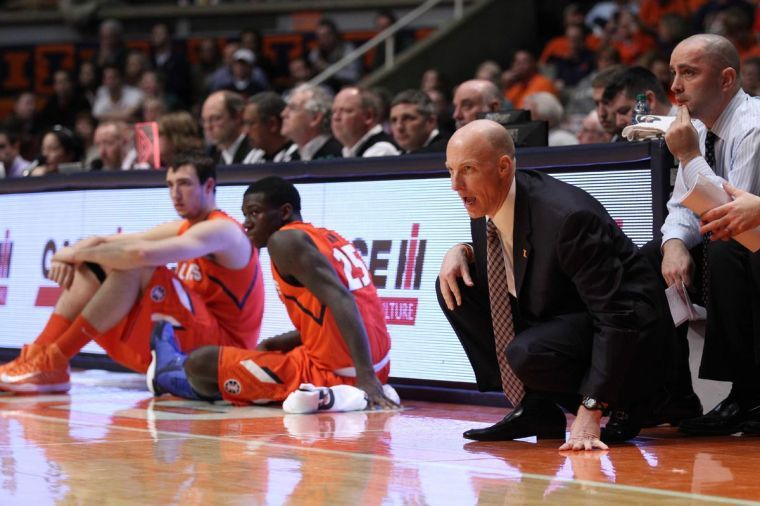 Illinois%27+head+coach+John+Groce+instructs+his+team+during+the+game+against+Darthmouth+at+State+Farm+Center%2C+on+Tuesday%2C+Dec.+10+.+The+Illini+won+72-65.