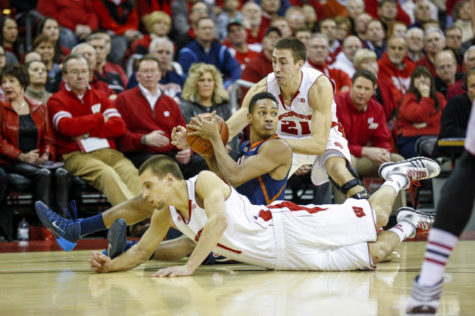 Illini to face similarly struggling Badgers on Tuesday
