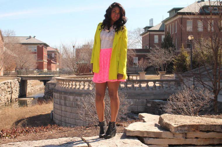 With+the+turn+of+the+seasons+in+progress%2C+livelier+fashions+can+be+seen+across+campus.+From+wide-leg+pants+to+neon+colored+clothes%2C+HerStyle+Media+advises+students+on+the+best+way+to+perfect+their+spring+look.