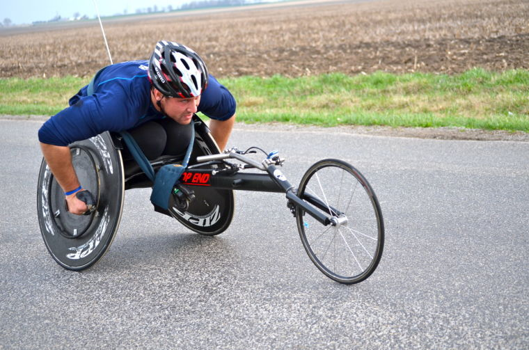 Rob+Kozarek%2C+a+member+of+the+Illinois+wheelchair+racing+team%2C+practices+for+the+upcoming+Boston+Marathon.