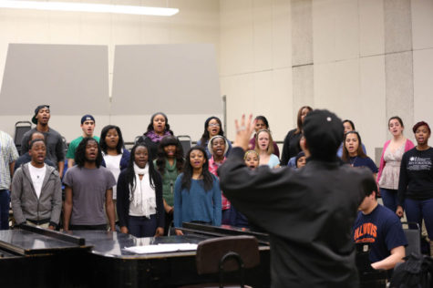 The University Black Chorus will perform its annual Moms Day Concert on Saturday.