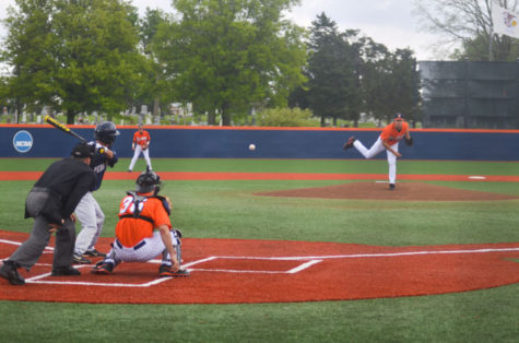 Ryan Castellanos (20) pitches during the game against Penn State on May 11, 2013. The Illini won 8-6.