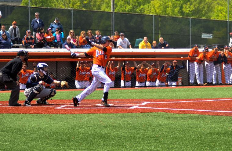 Justin+Parr+%2815%29+bats+during+the+game+against+Penn+State+on+May+11%2C+2013.+The+Illini+won+8-6.
