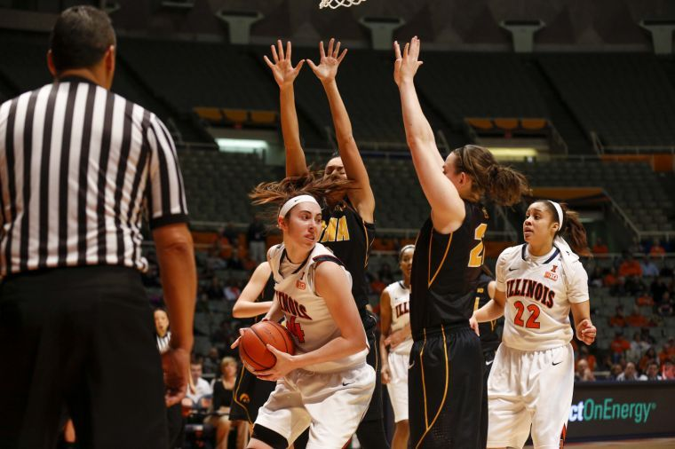 Illinois%27+Jacqui+Grant+secures+a+rebound+during+the+game+against+Iowa+at+State+Farm+Center+on+March+2%2C+2014.