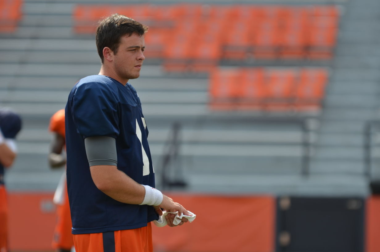 Illinois quarterback Wes Lunt during practice at Memorial Field.