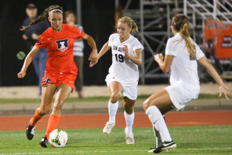 Illinois Soccer's defense shows early success
