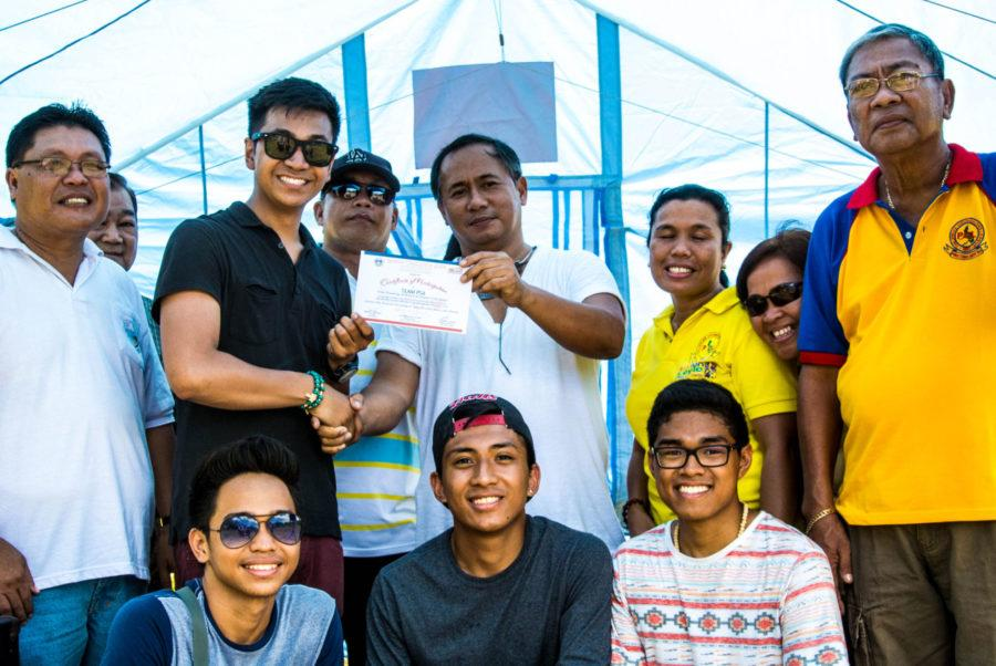 University students go to the Philippines for Typhoon Relief