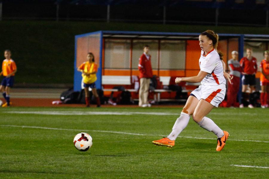 Illinois%E2%80%99+Janelle+Flaws+scored+all+five+Illini+goals+on+the+weekend+in+a+pair+of+victories+over+Purdue+and+Indiana.+The+senior+striker+has+now+scored+a+Big+Ten-leading+11+goals+in+10+games+so+far+this+season.%C2%A0