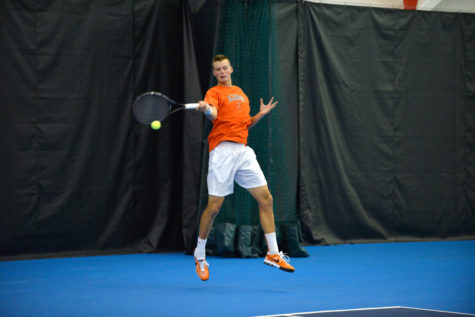 Illini men's tennis sends two to Alabama's Four-In-The-Fall
