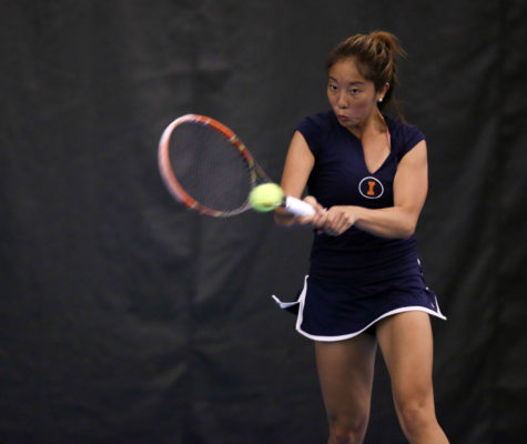 Women's tennis plans to make the most of home court advantage