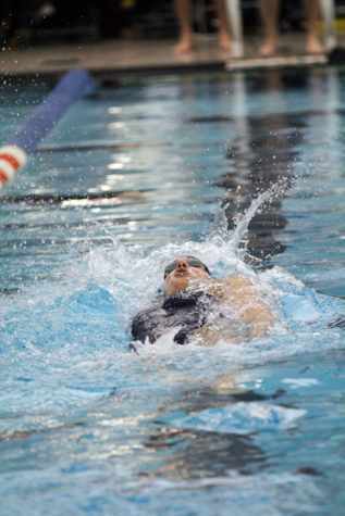 Illinois swimming and diving earns a day off