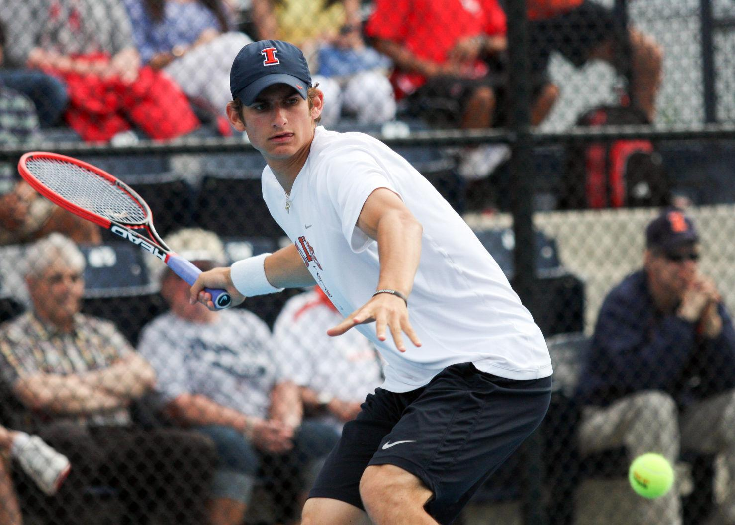 Despite a difficult fall season, Illinois' Jared Hiltzik looks to finish strong.