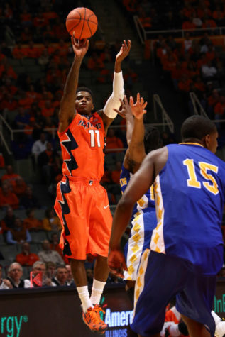 Illinois basketball cruises to 114-56 win over Coppin State