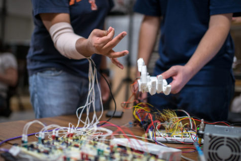 University researchers develop low-cost 3D-printed prosthetic hand