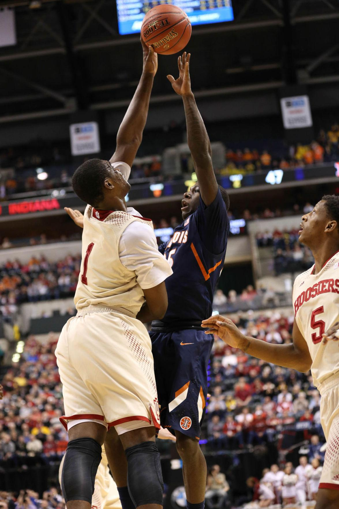 Illinois' Kendrick Nunn will return to the lineup this Friday when the Illini tip off the season against Georgia Southern. The sophomore guard missed the team's lone exhibition game last Friday.