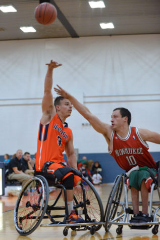 Men's and women's wheelchair basketball teams open with preseason tourney