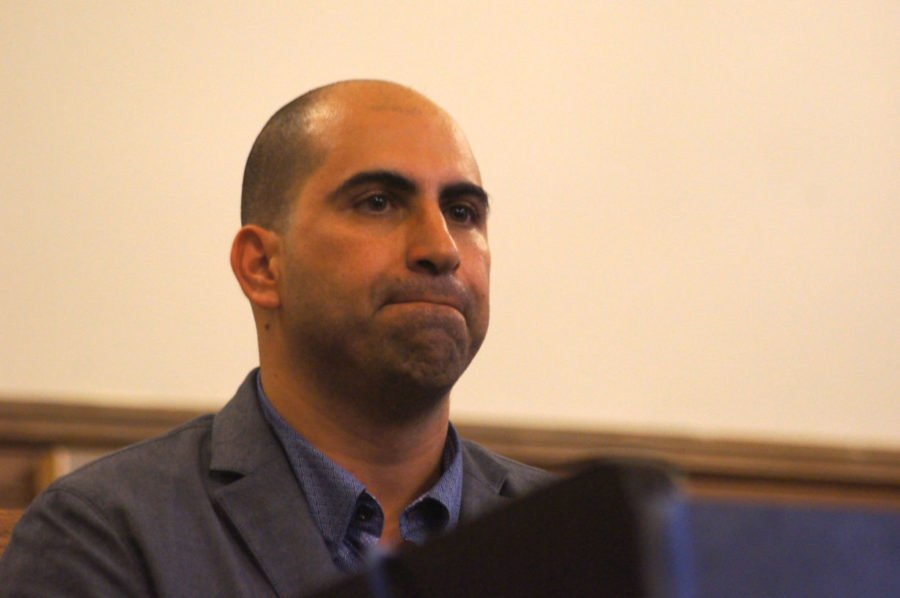 Steven+Salaita+spoke+over+the+phone+with+The+Daily+Illini+on+Wednesday+about+academic+freedom+and+his+lawsuit+against+the+University.