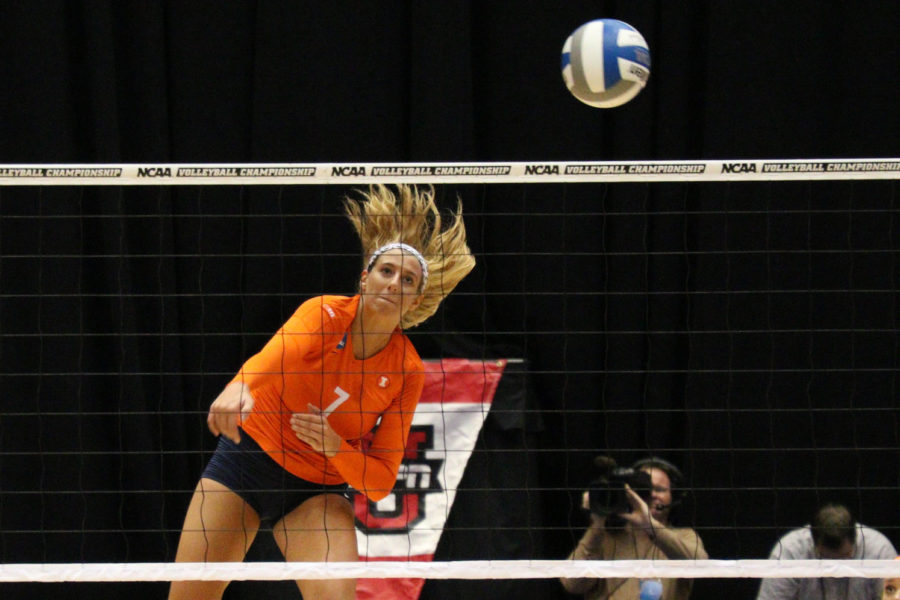 Illinois+Joceynn+Birks+%287%29+goes+for+an+attack+during+the+Sweet+16+match+against+Florida+at+Hilton+Coliseum+on+Friday.