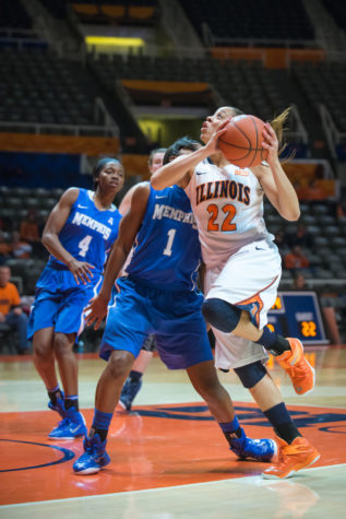 Crawford staying in the spotlight for Illinois women's basketball