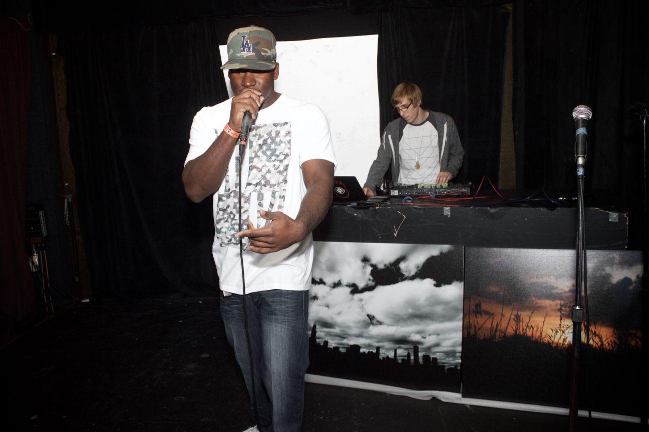 Performer: Frito DJ: Forrest Bump Oct. 21, 2014