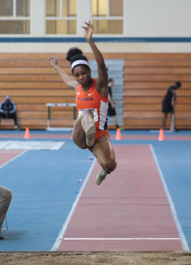 Illinois%27+Janile+Rogers+attempts+to+go+the+distance+on+the+long+jump+event+during+the+Orange+%26amp%3B+Blue+meet+at+the+Armory+on+Saturday%2C+Feb.+21%2C+2015.+Illinois%27+women%27s+team+won+1st+place+out+of+5.