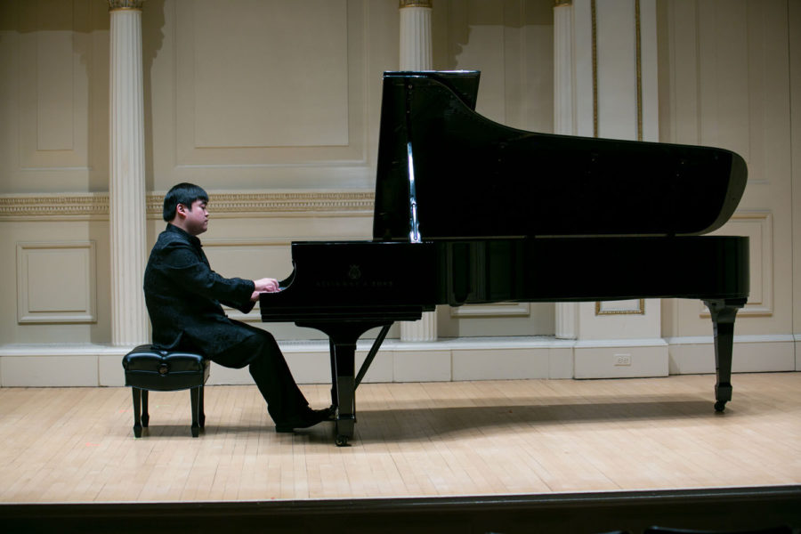 The+Cincinnati+World+Piano+Competition+presented+Moye+Chen%2C+2014+Gold+Medalist+in+Weill+Hall+at+Carnegie+Hall.