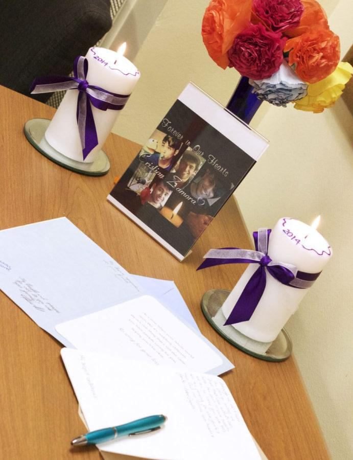 La Casa set up a shrine dedicated to Cristian Zamora, including cards to sign for the family.
