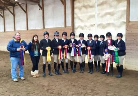 Horseback riding more than a hobby for Illini Equestrians