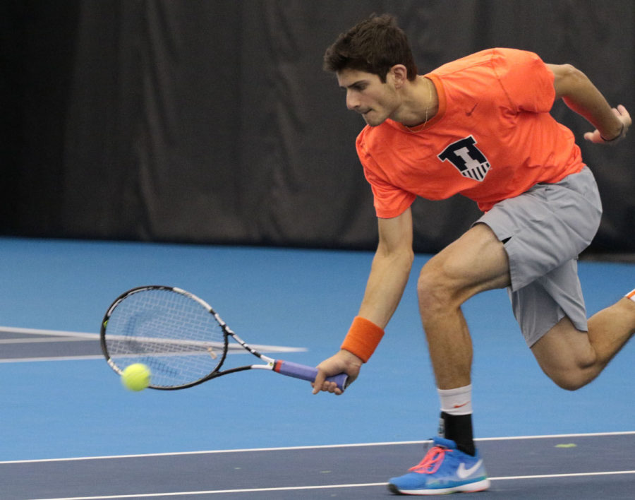 Illinois%E2%80%99+Jared+Hiltzik+attempts+to+save+a+short+ball+during+the+tennis+game+vs.+Northwestern+at+Atkins+Tennis+Center+on+Feb.+20.+Hiltzik+won+twice+on+Saturday+%E2%80%94+once+against+Valparaiso+and+once+against+Notre+Dame.
