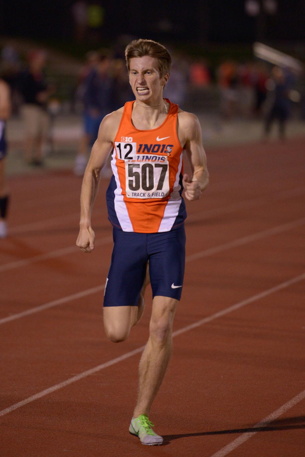 Illinois' Ian Barnett keeps a brisk pace in the men's 1,500-meter run at the Illinois Twilight meet on April 18.