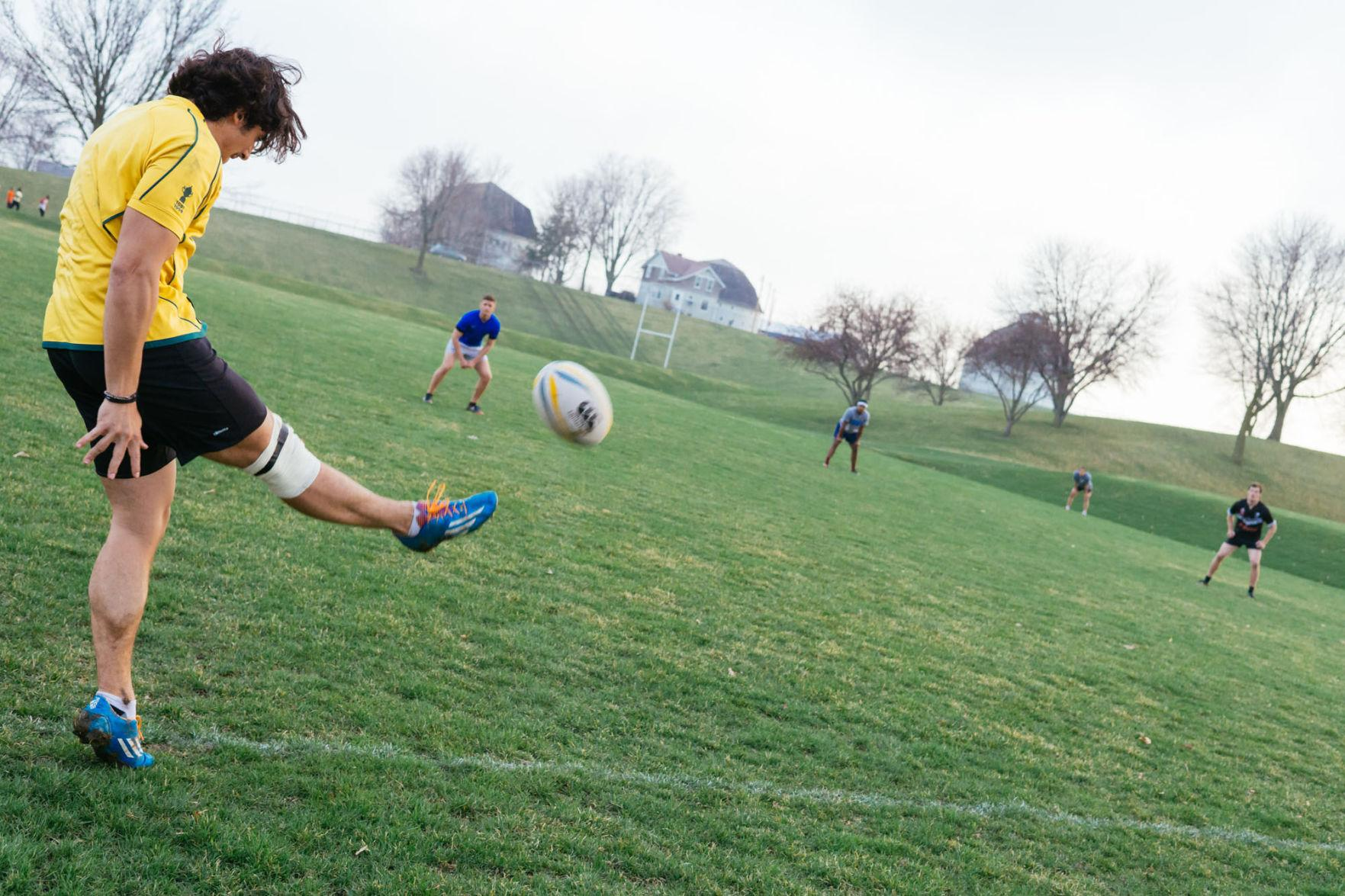 Illini+rugby+prepares+for+final+sevens+tournament+in+Iowa.
