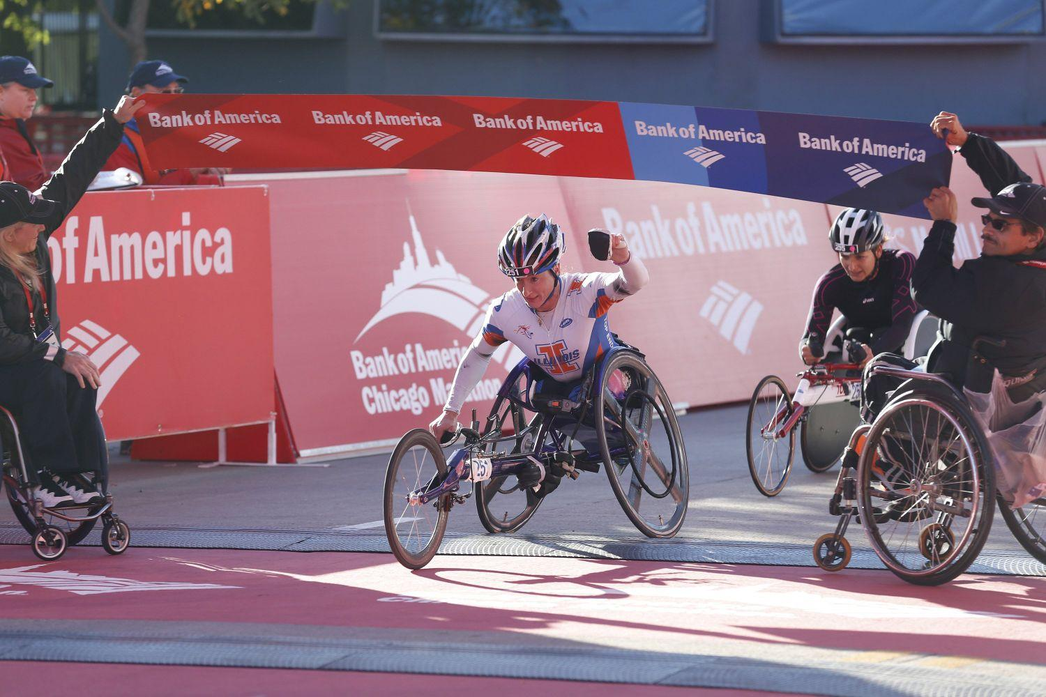 Tatyana McFadden, of Champaign, Illinois, wins the women's wheelchair division of the Bank of America Chicago Marathon on October 13, 2013.