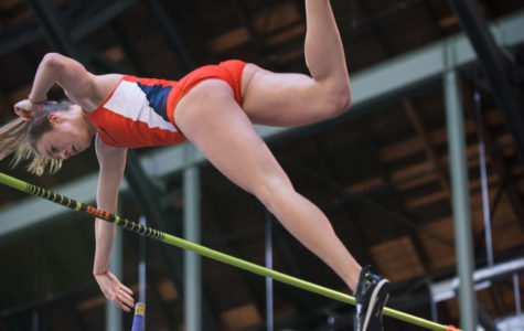 Illinois women's track and field make strides at Drake Relays