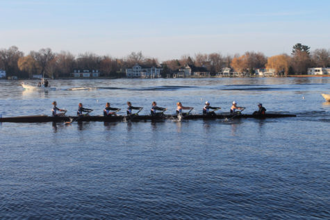Illinois women's rowing club wraps up regular season
