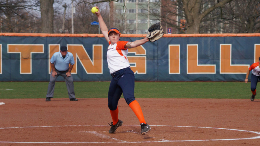 Illinois Jade Veccanags pitches the ball during the softball game v. Indiana State at Eichelberger Field on Wednesday. Illinois won 5-3.