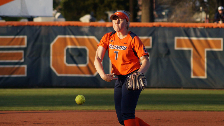 Illinois' Jade Vecvanags throws a pitch during the softball game vs. Western Illinois at Eichelberger Field on Tuesday. Vecvanags pitched six shutout innings.
