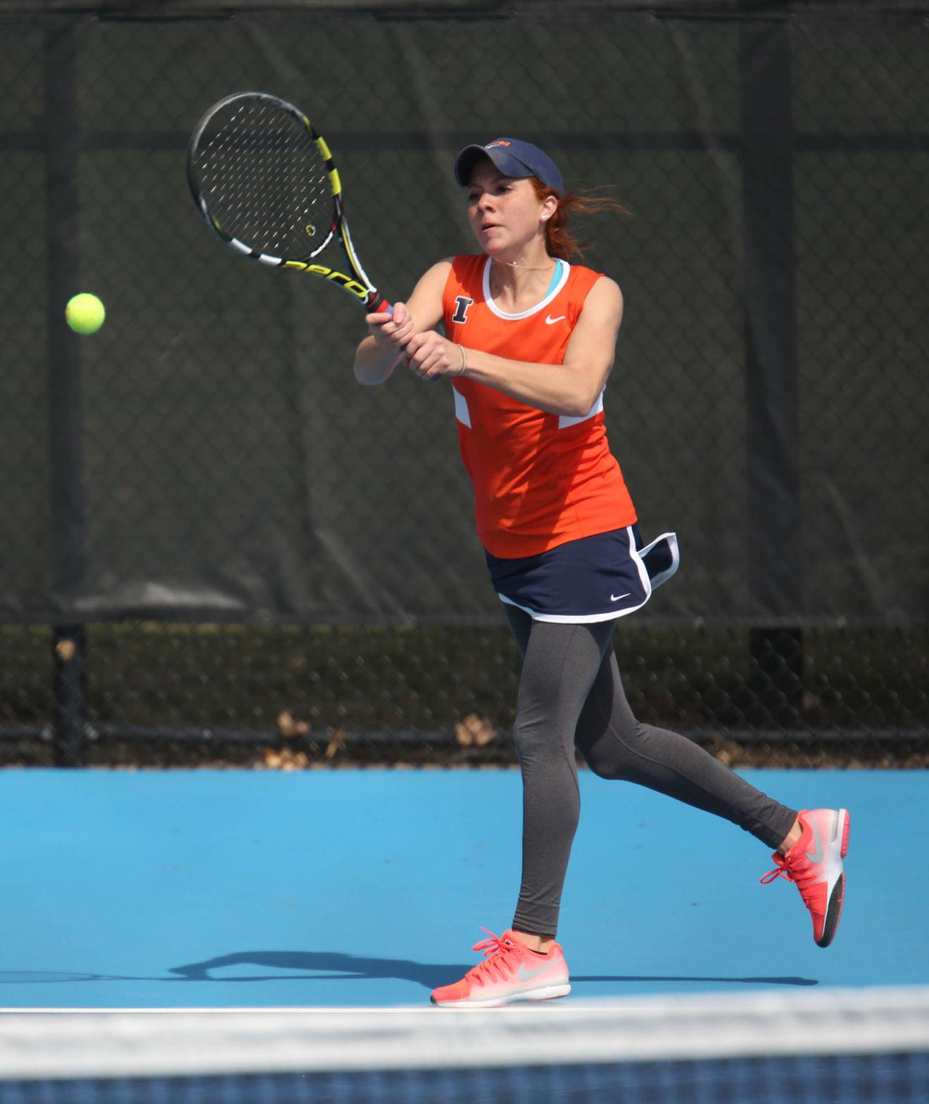 Illinois' Madie Baillon attempts to return the ball during the match against Rutgers on April 5. The Illini will face Northwestern on Friday.