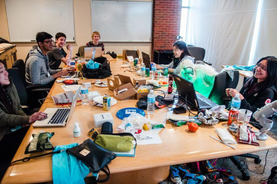 Illini+Hackers%C2%A0is+an+organization+geared+toward+technologists+and+builders+at+the+University.