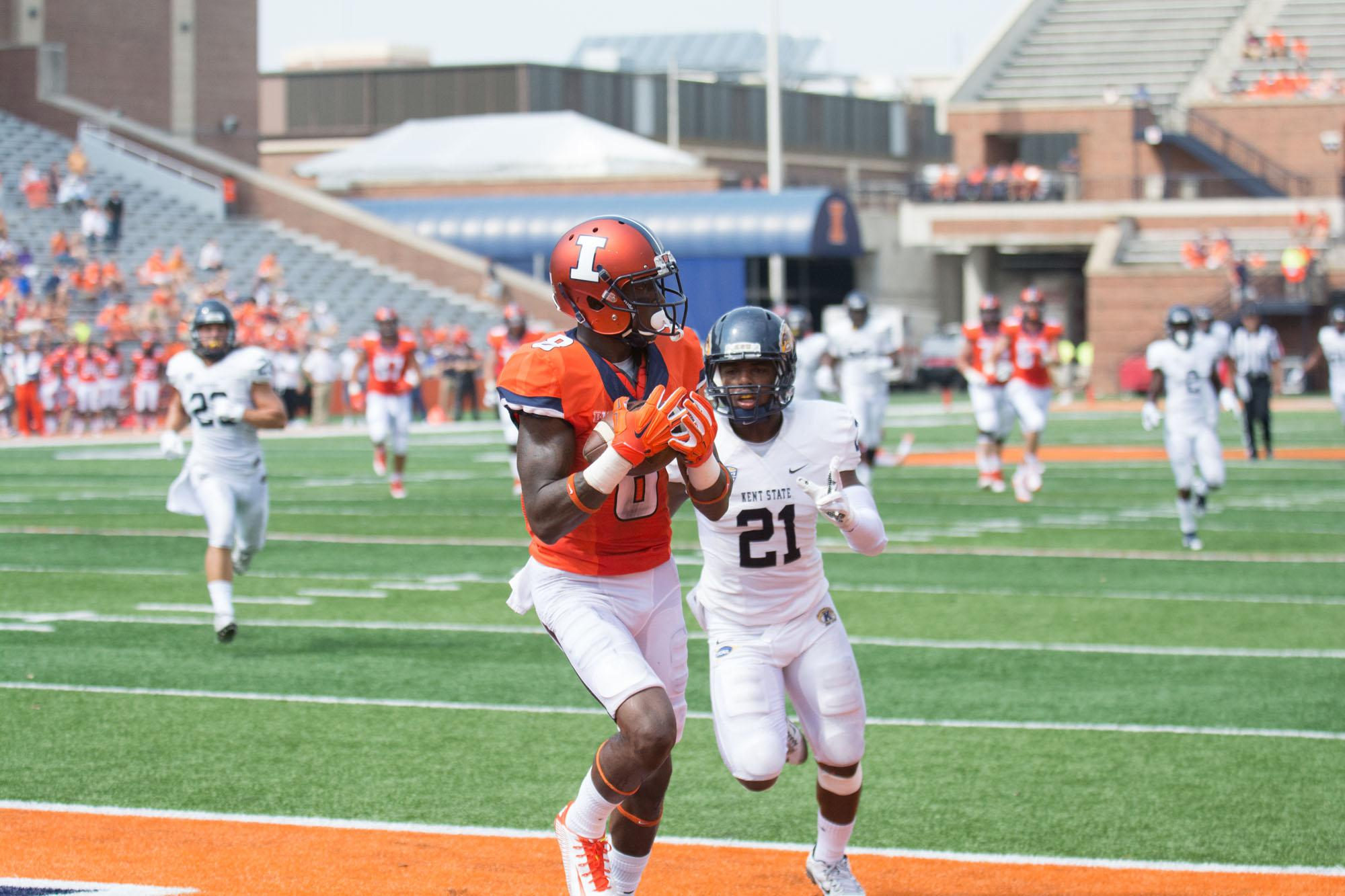 Illinois' Geronimo Allison (8) catches the ball in the end zone for a touchdown during the game against Kent State at Memorial Stadium on Saturday, Sept. 5, 2015. The Illini won 52-3.
