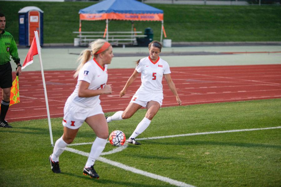 Illinois soccer looks to carry success into Big Ten play