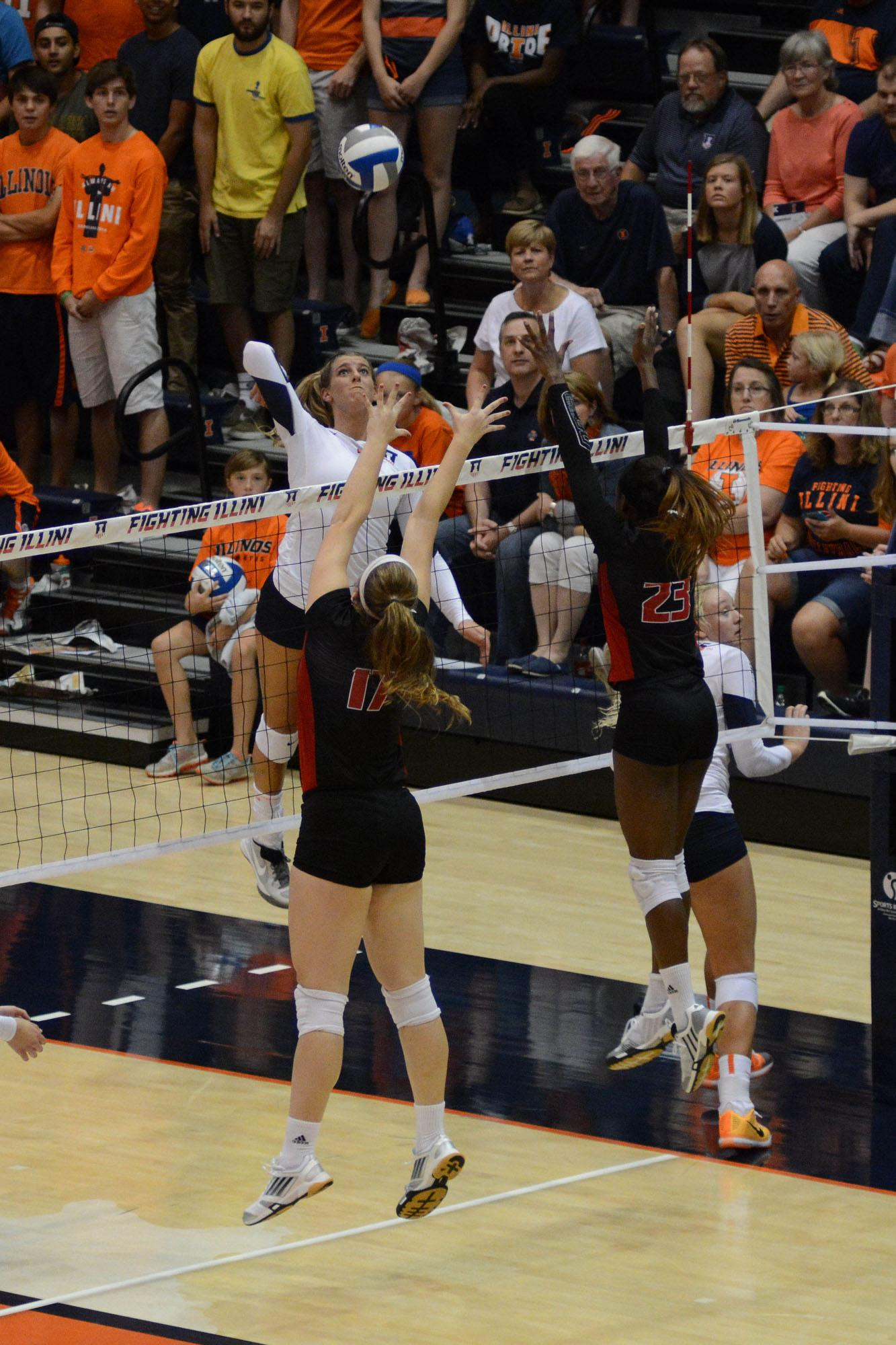Illinois' Jocelynn Birks (7) attempts to spike the ball during the game versus Louisville at Huff Hall on Friday, August 28, 2015.The Illini won 3-0.