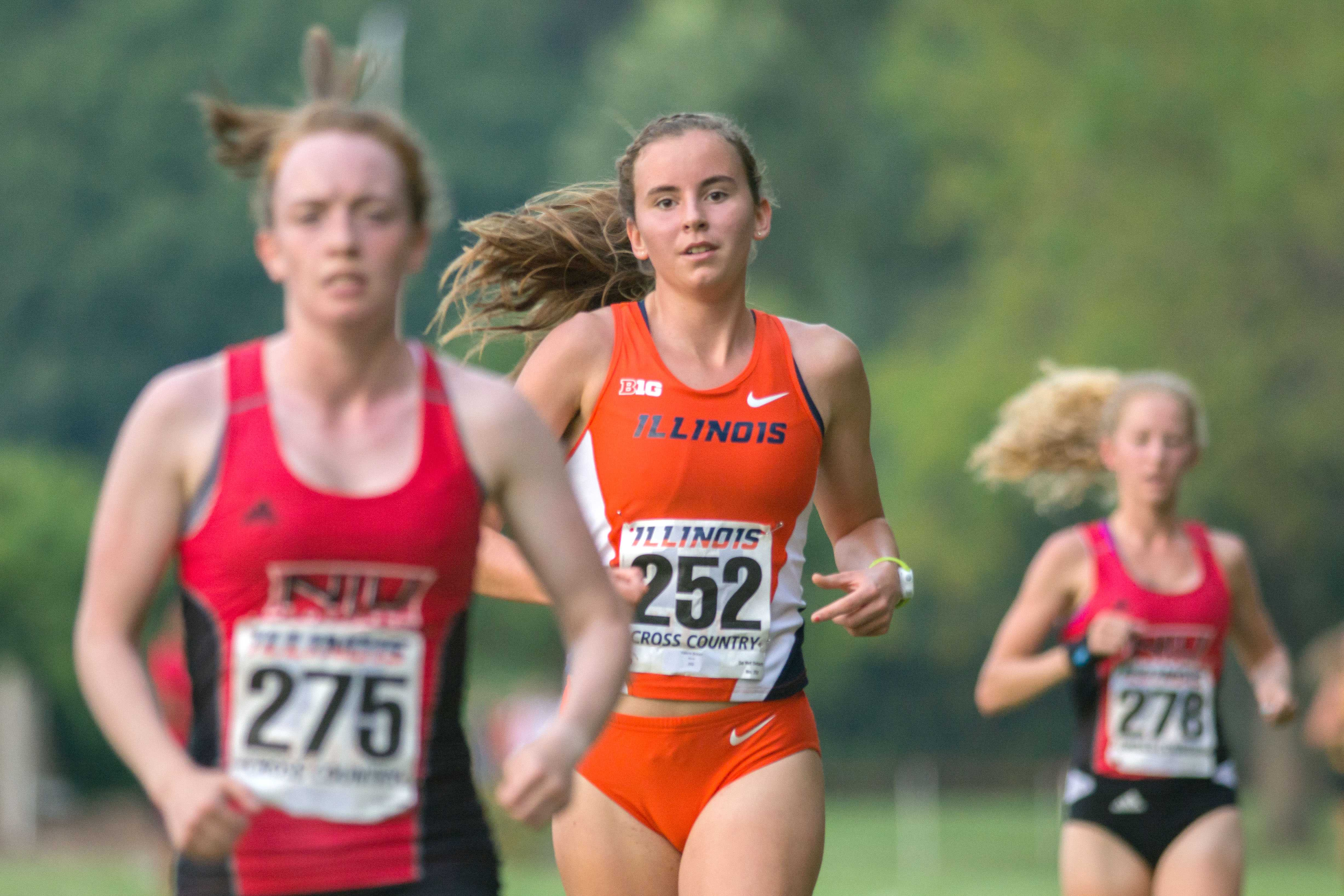 Valerie Bobart(252) keeping her cool at the Illini Challenge 2015 at the Arboretum on September 4.