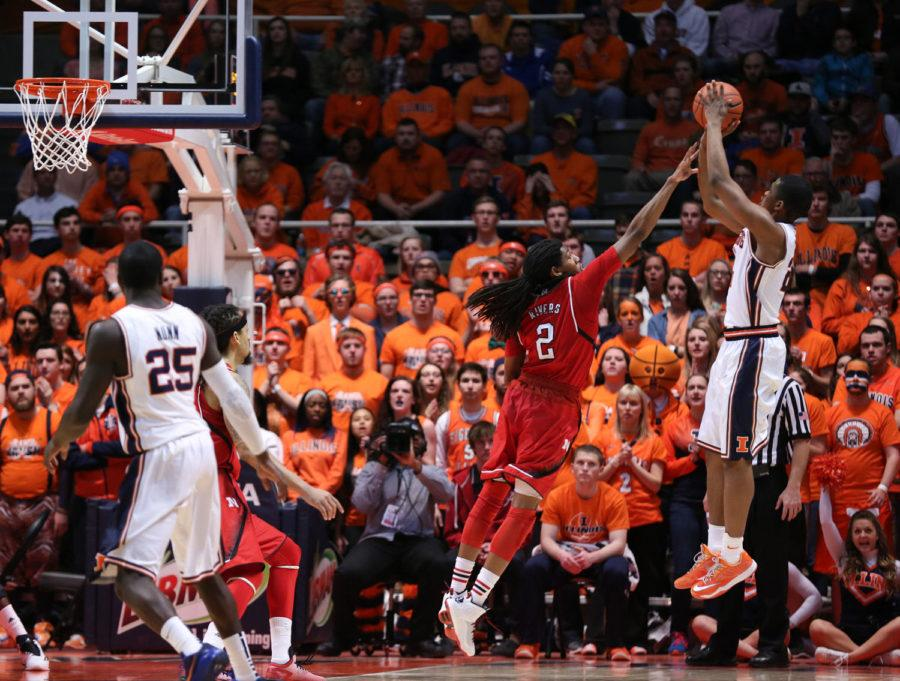Illinois%27+Malcolm+Hill+%2821%29+takes+a+fadeaway+jumpshot+during+the+game+against+Nebraska+at+State+Farm+Center%2C+on+Wednesday%2C+March+5%2C+2015.+The+Illini+won+69-57.