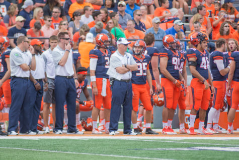 Illinois' head coach Bill Cubit on the sidelines during the Illini's 27-25 win over Middle Tennessee State at Memorial Stadium on Sept. 26.