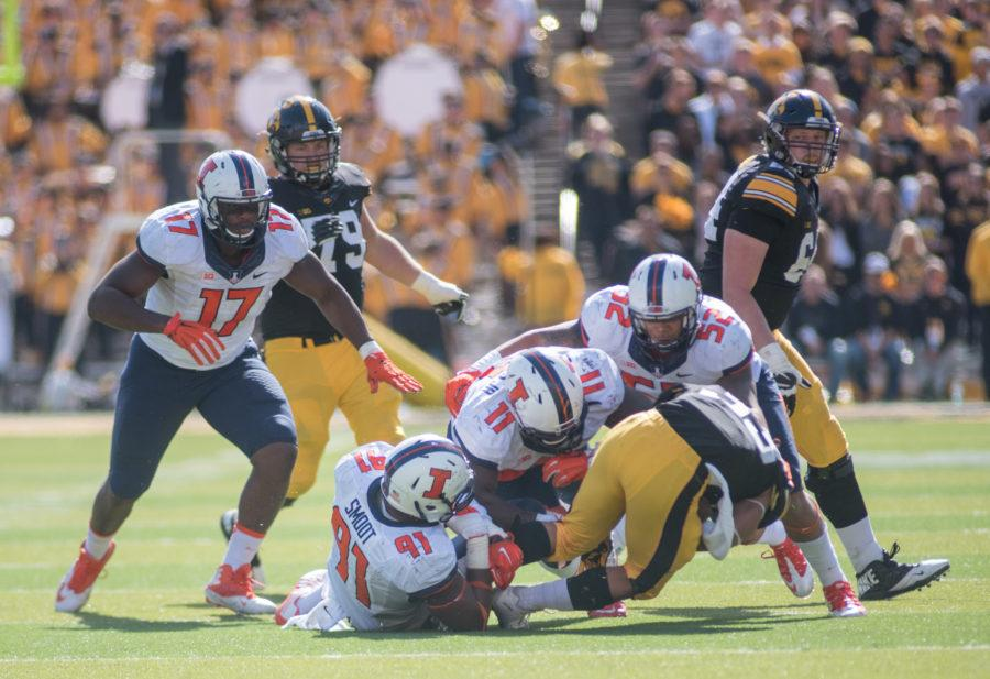 Grading Illinois football after its loss to Iowa